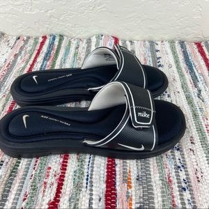 Nike Womens Comfort Slides Slip On Sandals